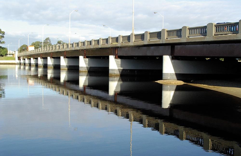 Swan River Winter bream pilons