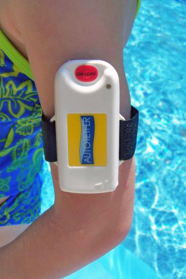Autotether boating safety device